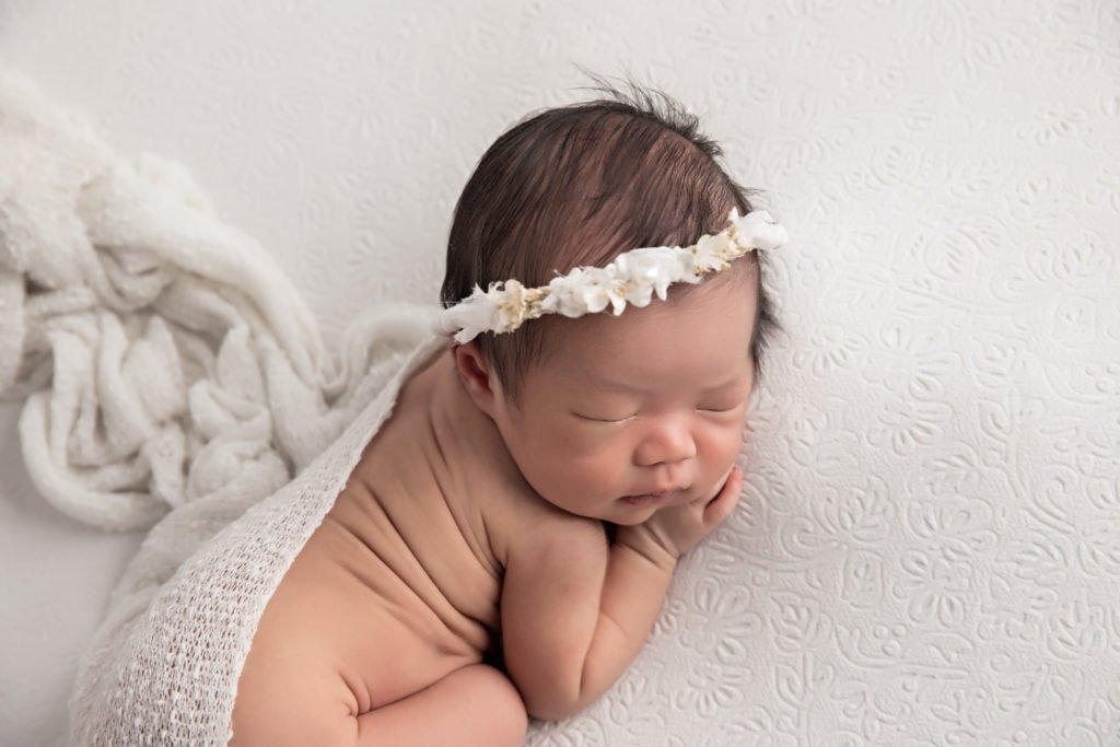 Newborn baby jaime hellobaby photography